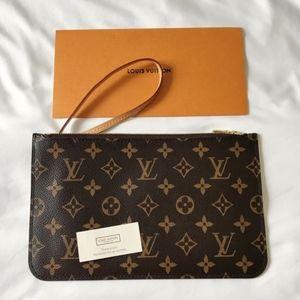 Louis Vuitton Neverfull MM / GM monogram Pouch